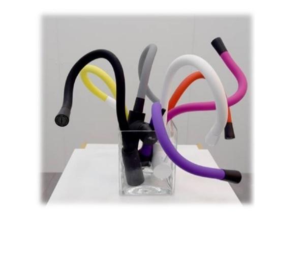 kuhinjska-armatura-nord-viva-crna-vijolicni-gibljivi-izliv